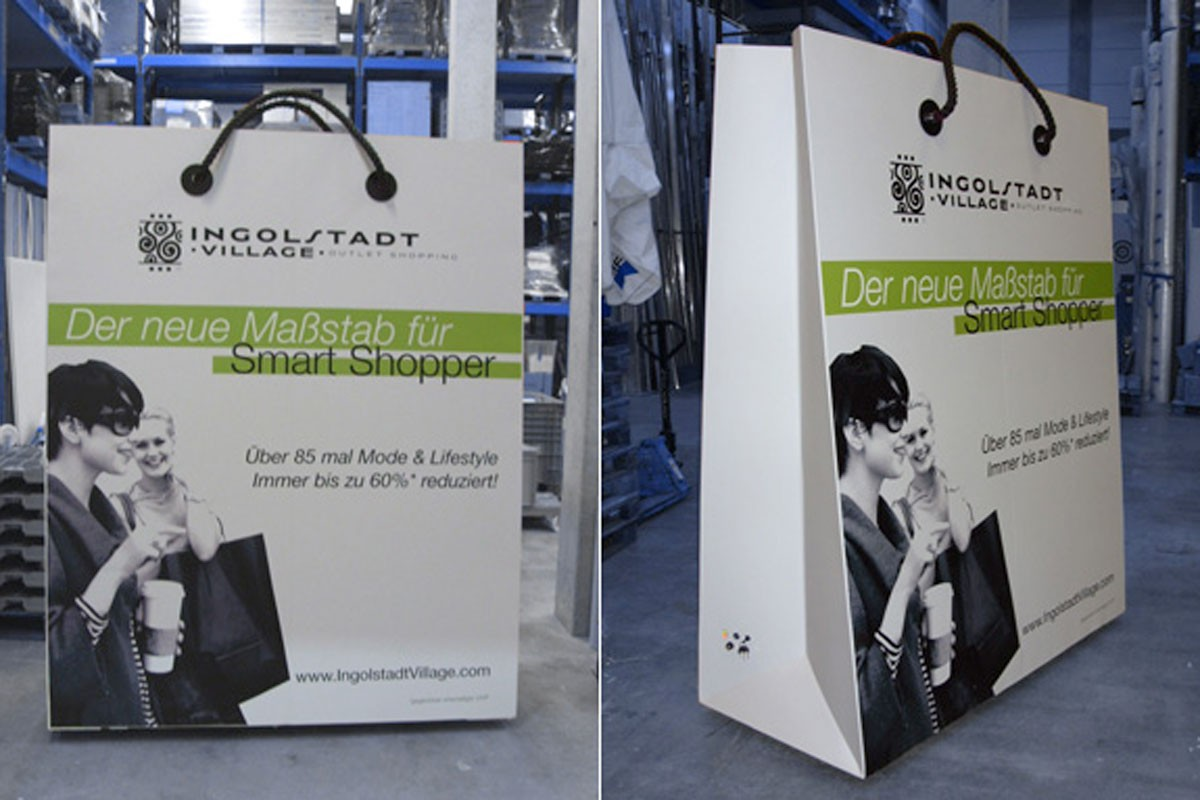Ultralarge navigable shopping bag, Ingolstadt Village