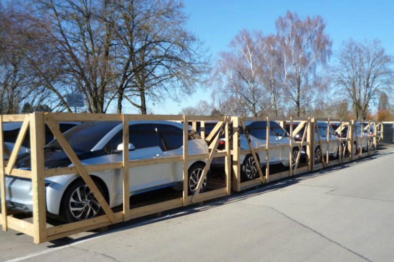 Showcars-Warteschlange-BMWi01